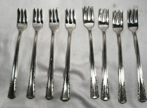 4 Vintage Holmes /& Edwards May Queen Silverplate Flatware Salad Forks