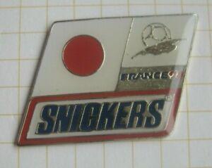JAPAN / SNICKERS / FUSSBALL WM FRANCE 98 ...............Süßwaren Pin (213h)