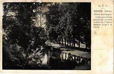 CPA Yzeron Ecluse dans le parc (614704)