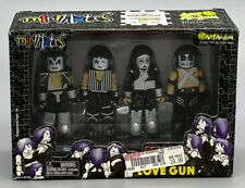 KISS LOVE GUN Minimates Exclusive Boxed Set by Art Asylum -Sealed- Gene Simmons