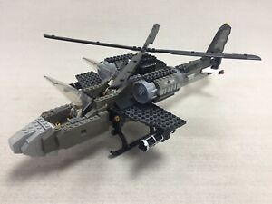 Lepin Construction Bricks Kit 52cm German Army Helicopter Gunship & Two Figures