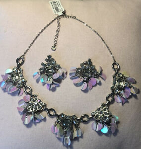 Oasis Necklace With Matching Earrings Bnwt