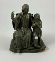 SUJET REGULE RELIGIEUX FEMME A L ENFANT PATINE CHOCOLATEE 1900 EN L ETAT F131