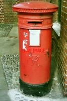 PHOTO  2005 VR PILLAR BOX  PRINCE OF WALES RD  NORWICH A RATHER DOWN-AT-HEEL VIC