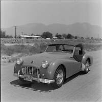 Triumph TR3 Roadster Road Test 1957 model OLD CAR ROAD TEST PHOTO
