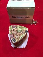 Jardinia Strawberry Fields Triangle Trinket Box Mice Harmony Kingdom New!
