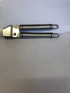 Stainless Steel Kitchen Tool Garlic Press Crusher #31