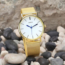 Ladies Fashion Geneve Quartz Gold Tone White Faced Gold Mesh Band Wrist Watch.