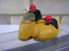 """VINTAGE TRI-ANG SCALEXTRIC MM/B1 """"Typhoon"""""""" GIALLO"""": in scatola: MOTORE di lavoro: EXC"""