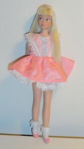 Vintage Barbie sister PLATINUM SKIPPER SL Mattel W/ Dress Socks Shoes some TLC