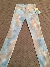 NWT Women's Guess Brittney Skinny Ankle Jeans (Retail $138)