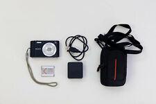 Canon Steadyshot DSC-W800 Digital point-and-shoot camera plus case