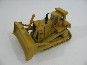 Vintage Ertl 1/50 Scale Die-Cast Caterpillar D10N Track Type Tractor Bulldozer