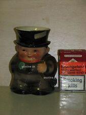 +# A000637_01 Goebel Archiv Muster Milchgießer Schornsteinfeger 74-342 Plombe