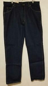 Mens Wrangler Rugged Wear Classic Fit Jeans 38x34