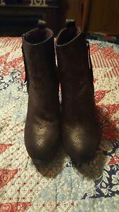 Beautiful black snake skin pattern ankle boots