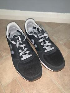 Mens Boys New Balance NB 220 Trainers Sneakers Shoes Black Grey Lace up Size 9