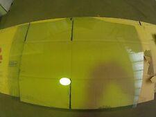 Luna puerta trasera -- MB667509 -- Right glass.