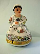 Whimsical Chantilly Design Limoges France Noblewoman Hinged Trinket Box
