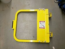 """PS DOORS LSG-18 LADDER SAFETY GATE DOOR SAFETY YELLOW 18"""" NOMINAL OPENING"""