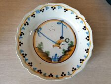 Assiette en faience de Nevers fin XVIIIème siècle révolutionnaire chérubin putti