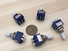 5 x Sleeve White latching 6 Pin ON/ON Toggle Switch 6A 125VAC useless box DPDT A