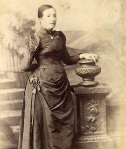 Pun Lun Hong Kong Young lady portrait Cabinet card photograph antique #4