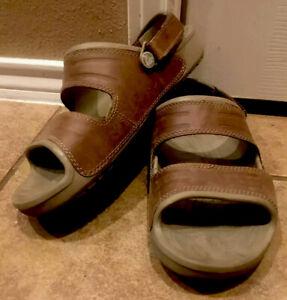 Croc Croc's Brown Leather Sandals Men's Size 9 Convertible Design Open Toe