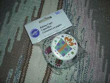 Wilton 50 Count Present Design Baking Cups