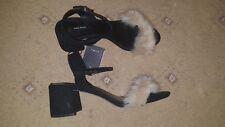 BNWOB Zara Neri in Pelle Scamosciata Finta Pelliccia Scarpe Sandali Con Tacco A Blocco Misura 8