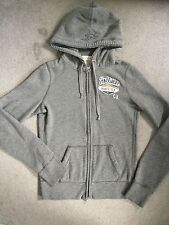 HOLLISTER - GREY THICK HOODIE WITH RIBBED LINING & NAME BADGE ON LEFT CHEST -S