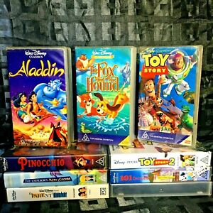 9 Bulk Lot Disney VHS Video Collection Parent Trap Aladdin Toy Story Fox & Hound