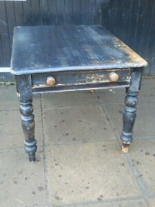 Pine dinning table, Victorian, antique, very solid no joint movement, original.
