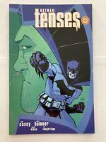 Batman: Tenses volume 1 - DC Comics Prestige Graphic Novel Trade Paperback