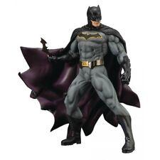 KOTOBUKIYA Comics Batman From DC Universe Rebirth ARTFX Action Figure