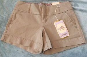 New w Tags One 5 One  Khaki Women's 4 Petite Shorts
