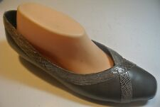 VINTAGE Ros Hommerson Gray Leather Snake X Loafers Low Heel Pumps Shoes Size 10