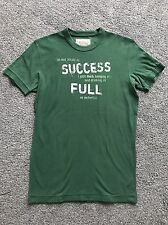Ruehl 925 (Abercrombie & Fitch) T-Shirt - Green - Small
