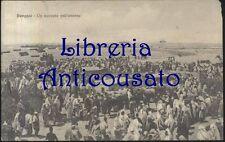 CARTOLINA BENGASI - UN MERCATO NELL'INTERNO - VIAGGIATA 28/02/1912 - ANIMATA