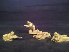 Friend or Foe RUS14 1/72 Diecast WWII Russian Male & Female Snipers-Two Each