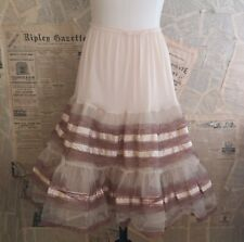 Vintage 1950s tulle petticoat, pin up