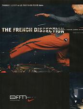Publicité 2001  NIKE basket sport chaussure mode Thierry Henry pret à porter