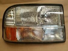 Passenger Headlight GMC Canada Only Fits 98-05 BLAZER S10/JIMMY S15 356451