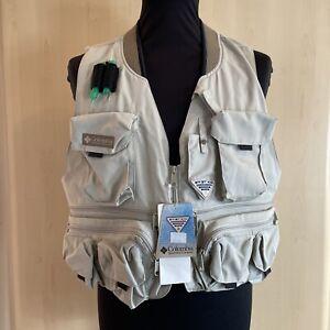 Columbia sportswear company Fishing Vest, performance fishing gear new w tags M