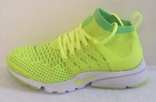 sneakers for cheap 39ded 40a9a Nike Air Presto Flyknit Ultra Taglia 4 (UK) NUOVO CON SCATOLA