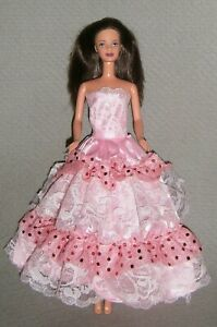 VINTAGE 1998 PRETTY IN PLAID TERESA Doll BRUNETTE ~ REDRESSED in a NEW GOWN