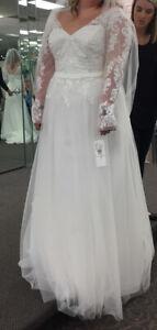 davids bridal wedding dress size 14