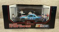 1992 Racing Champions 1:24 NASCAR Richard Petty STP Grand Prix Pit Stop Case