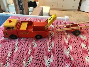 VINTAGE ORANGE AND YELLOW NYLINT 3300 POWER AND LIGHT POST HOLE DIGGER