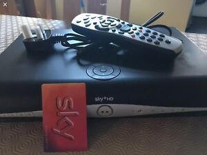 Sky Freeview hd box with WiFi, Sky Plus, DRX890W, Viewing Card, Built In Wifi